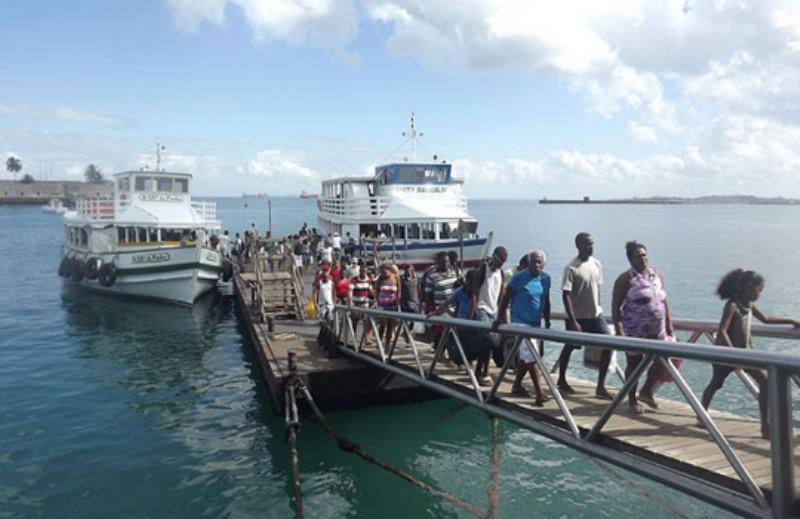 aratu-online-servico-travessia-para-mar-grande-registra-movimento-intenso-mas-embarque-e-imediato-diz-astramab