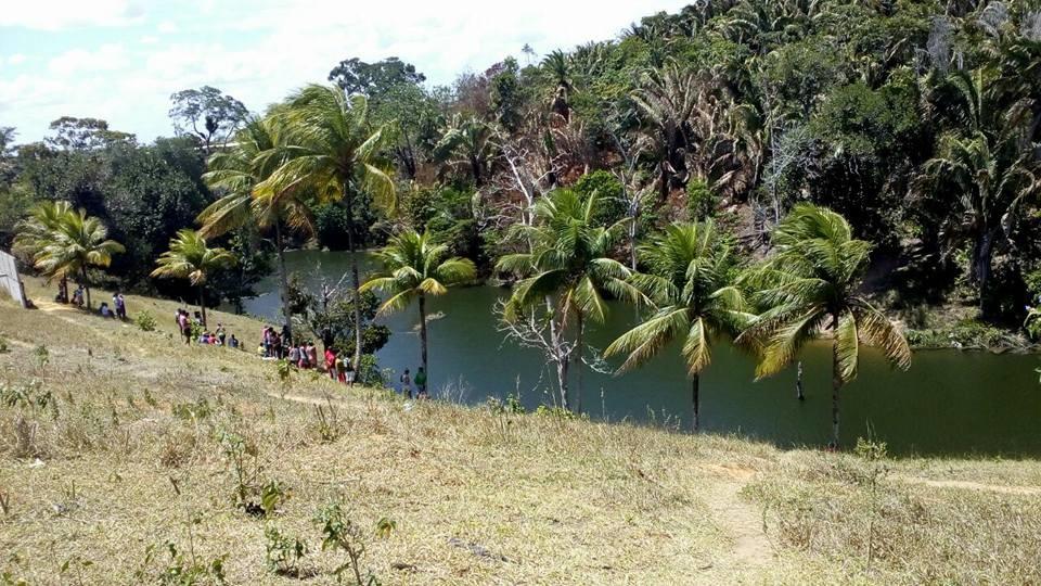 Homem morre afogado em barragem de Simões Filho e o corpo ...
