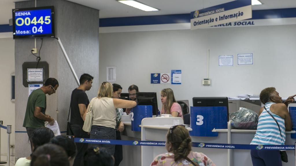 Governo Federal convoca beneficiários do INSS para pente fino